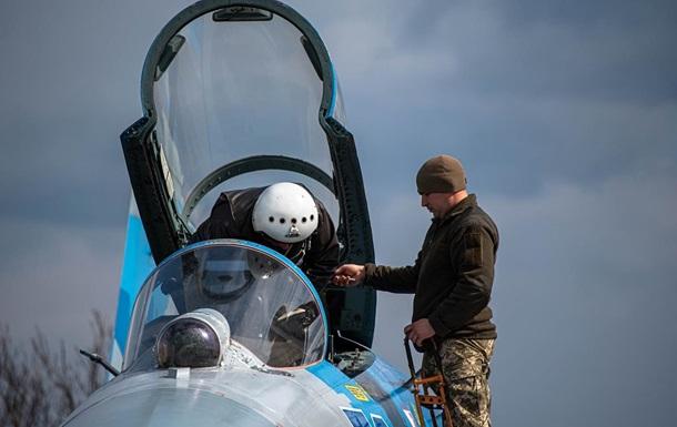 Льотчики масово залишають ВПС України