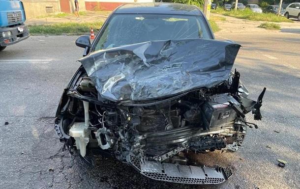В Запорожье авто протаранило маршрутку с пассажирами
