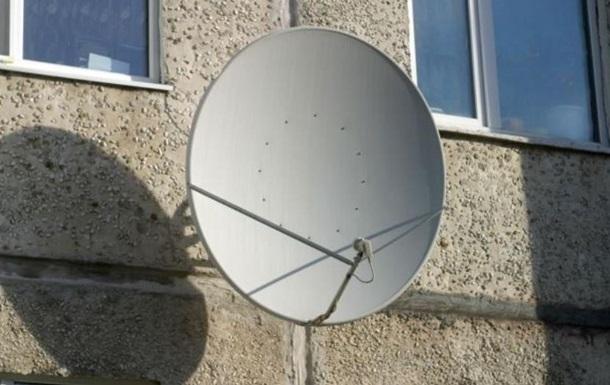 В Черновцах выпавшего из окна мужчину спасла антенна