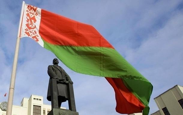 У Лукашенка заявили про плани  Заходу  зробити Білорусь  другою Україною