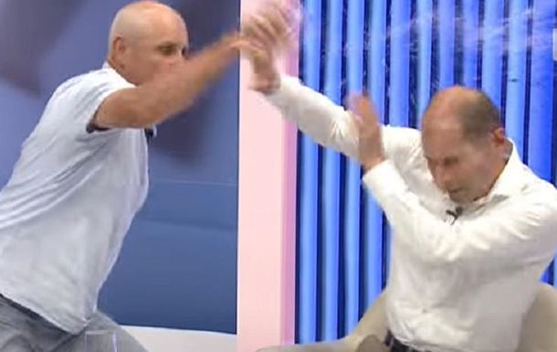 У Молдові політики побилися в прямому ефірі