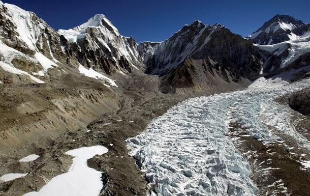 У льодовику на Тибеті виявили невідомі віруси віком 15 000 років