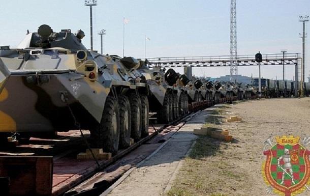 Россия отправила в Беларусь технику и военных
