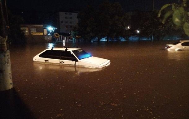 Сильнейший ливень накрыл ночью Одессу