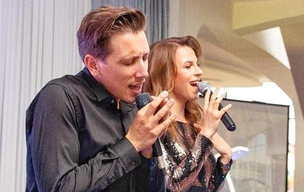 Итальянец Оливер Альфонсо спел в дуэте с украинкой
