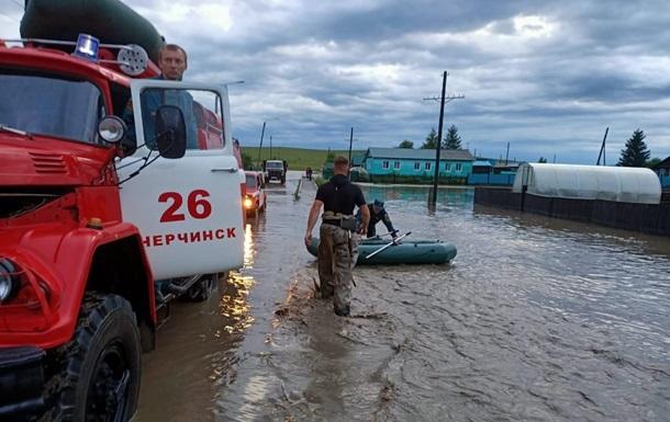 У Росії впав залізничний міст на Транссибі