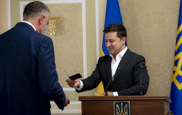 Зеленський представив нового главу СЗР