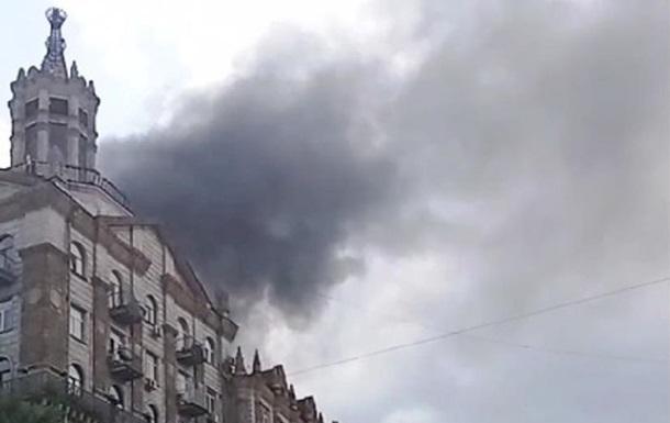 На Крещатике сильный пожар - «Украина»