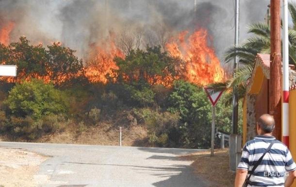 Масштабные пожары начались на Сардинии