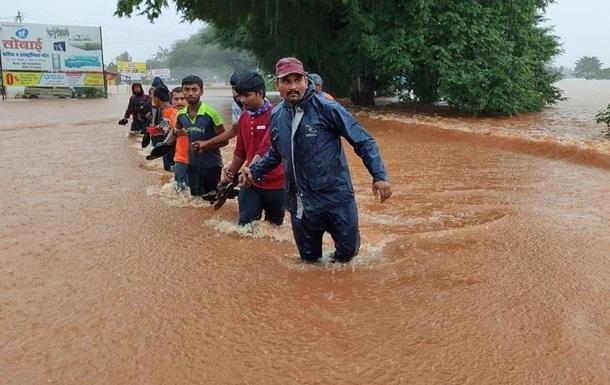 Повені в Індії: загинули щонайменше 159 людей