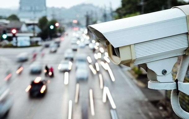 Камеры автофиксации нарушений ПДД заработают в двух областях и двух городах