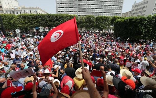В Тунисе заявили о перевороте - Korrespondent.net