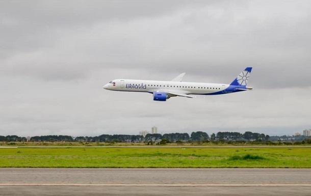 Самолет Белавиа сел в аэропорту Москвы на одном двигателе