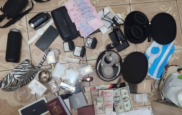 У Києві іноземці обікрали квартиру співробітника МВС