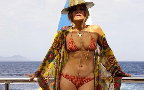 Джей Ло отметила день рождения на яхте Ахметова - СМИ