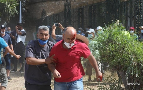 Из Туниса выдворяют журналистов Al Jazeera