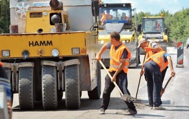На Бориспільській трасі величезні затори через ремонт дороги