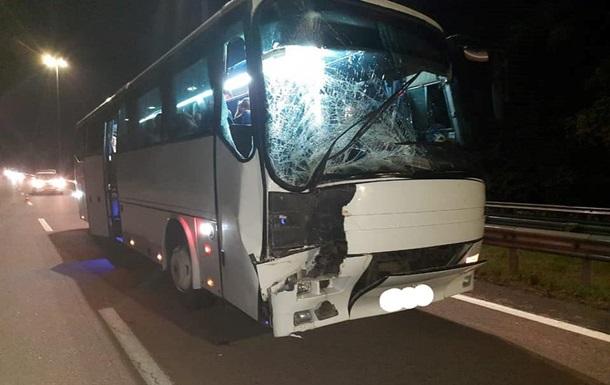Возле Ровно в ДТП попал автобус с паломниками - «ДТП»