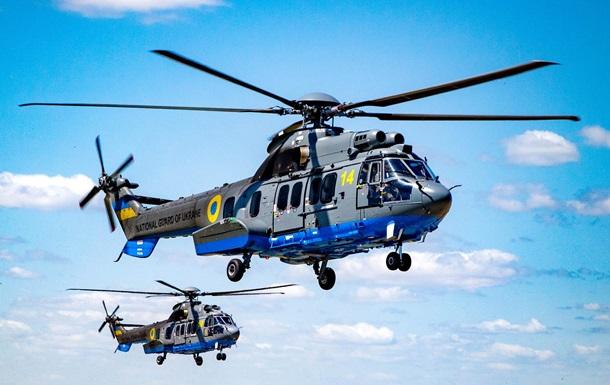 Вертолеты НГУ начали тренировочные полеты в Киеве