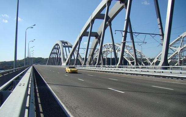 На добудову Дарницького моста в Києві виділили 500 мільйонів