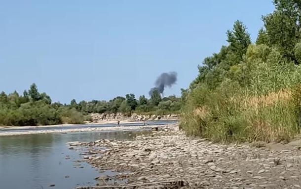Опублікували відео падіння літака на Прикарпатті