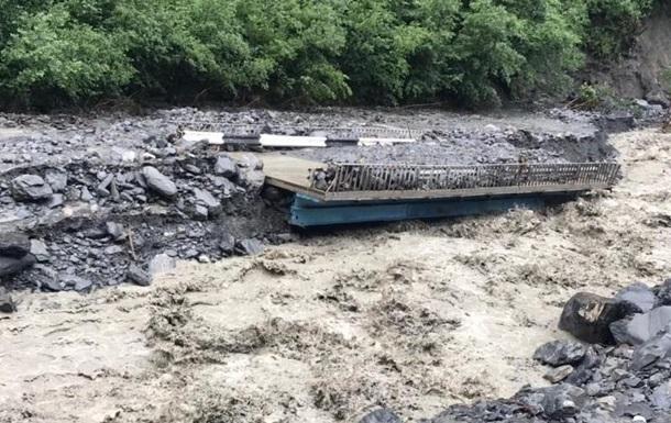 В Дагестане на село обрушился мощный камнепад
