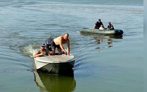 На Одесчине ребенка на надувном матрасе отнесло на километр от берега
