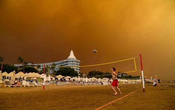 Пожежі проти туризму. Туреччина у вогні
