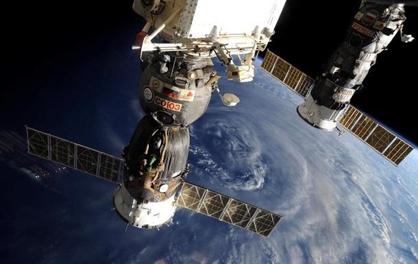 Из модуля Наука на МКС при открытии люка вылетел болт