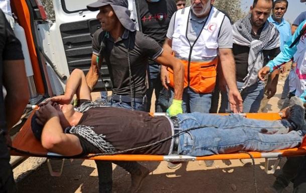 Сотни палестинцев пострадали в столкновениях с военными Израиля