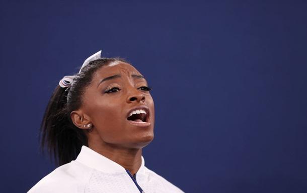 Симона Байлз вновь снялась с финала на Олимпиаде в Токио