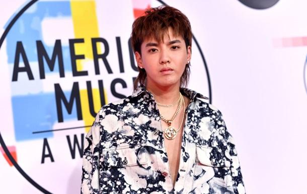 Китайську поп-зірку підозрюють у зґвалтуваннях