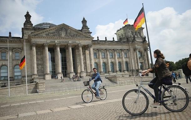 Берлин не намерен влиять на работу СП-2 - СМИ