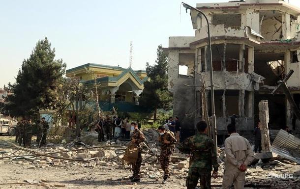Внаслідок атаки на міністра в Афганістані загинули вісім осіб