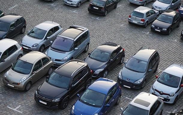 Українці в липні купили майже 9,8 тисячі нових автомобілів