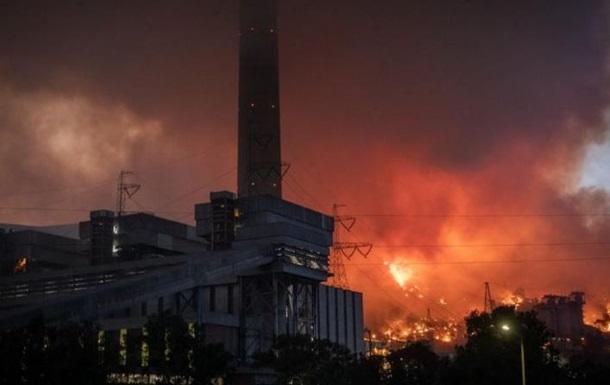 У Туреччині запобігли пожежі на електростанції