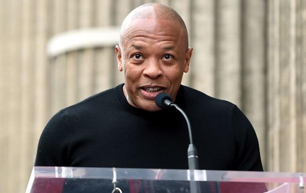 Дочь Dr. Dre заявила, что осталась без средств и живет в машине