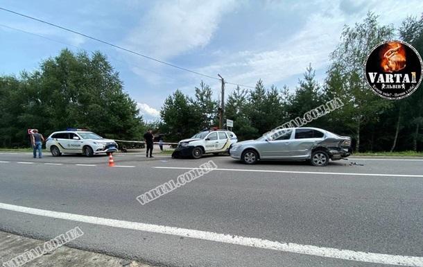 ДТП з поліцейським авто на Львівщині: є постраждалі