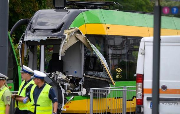 У Польщі під час зіткнення двох трамваїв постраждали понад 30 осіб