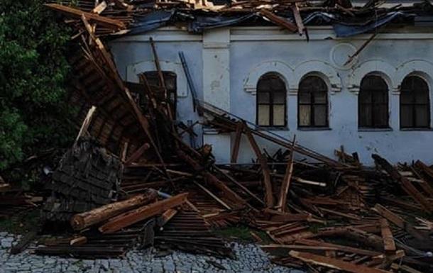 В Україні вирували урагани, є руйнування