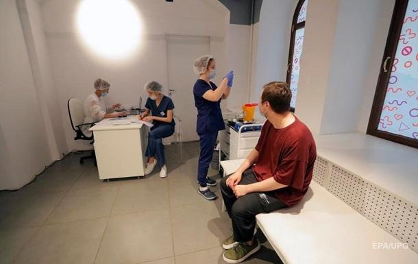 Україна отримає від ФРН 1,5 млн доз вакцини AstraZeneca