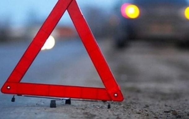 В Вышгороде водитель сбил велосипедиста и влетел в авто