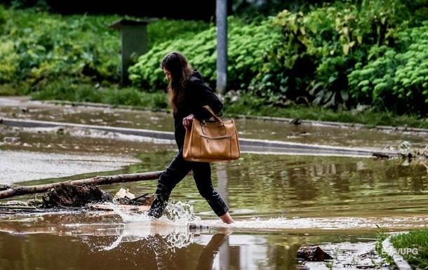 Негода знеструмила 339 населених пунктів в Україні