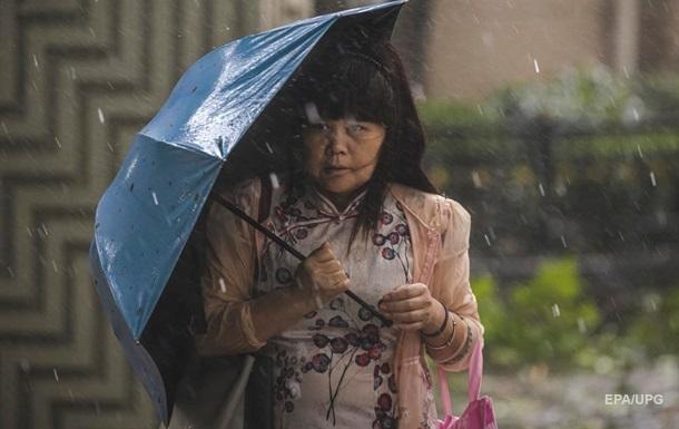 В Японии из-за тайфуна эвакуируют 160 тысяч человек