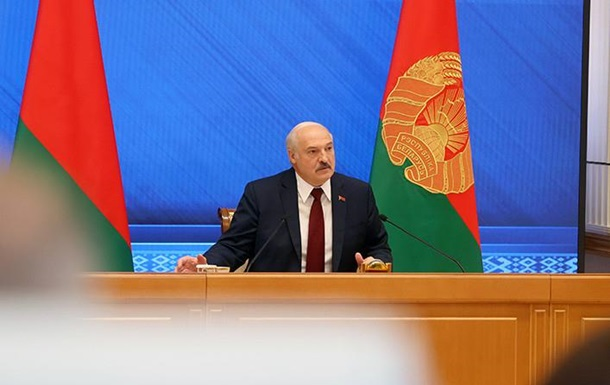 Лукашенко про Донбас: Буду між Україною і РФ