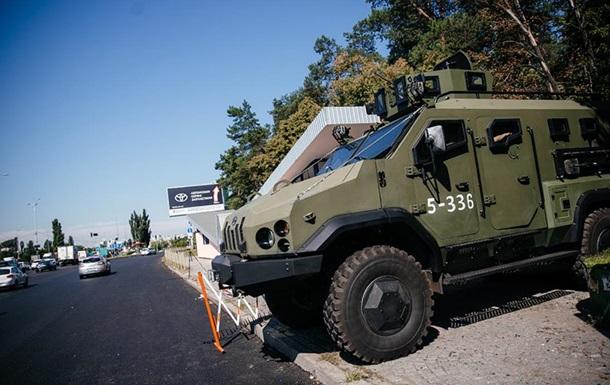 На некоторых въездах в Киев выставлены блокпосты