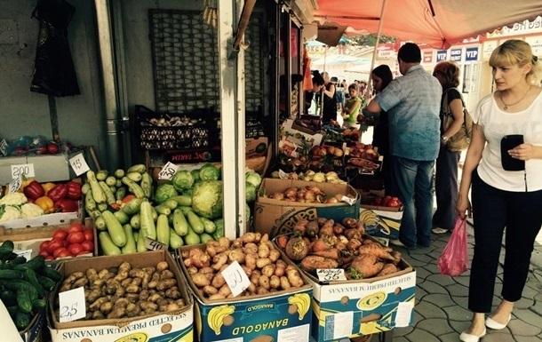 Інфляція в Україні за рік перевищила 10 відсотків