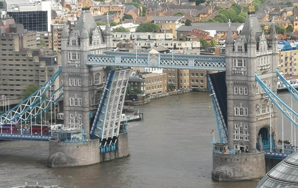 У Лондоні поламався Тауерський міст
