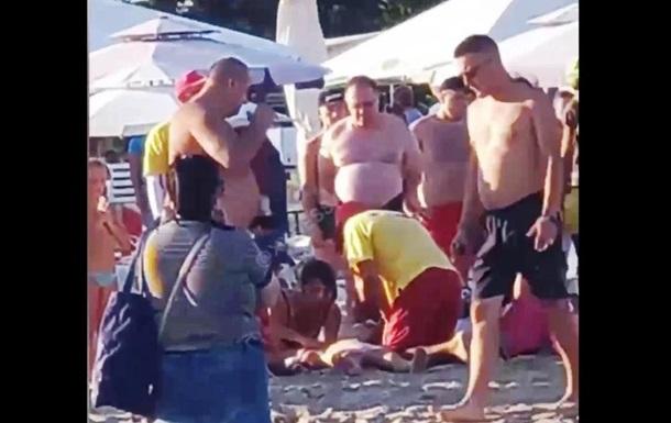На пляже в Одессе откачали утонувшего ребенка