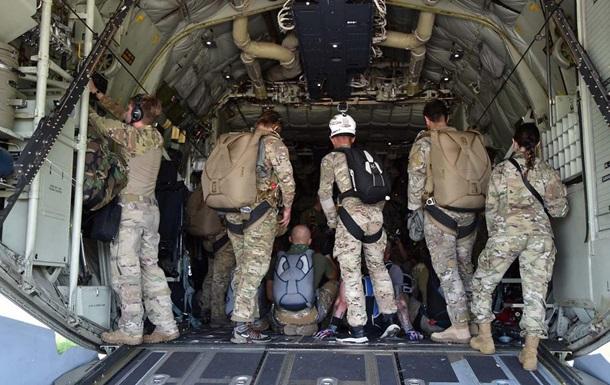 Спецназ ЗСУ виконав десантування з літака США